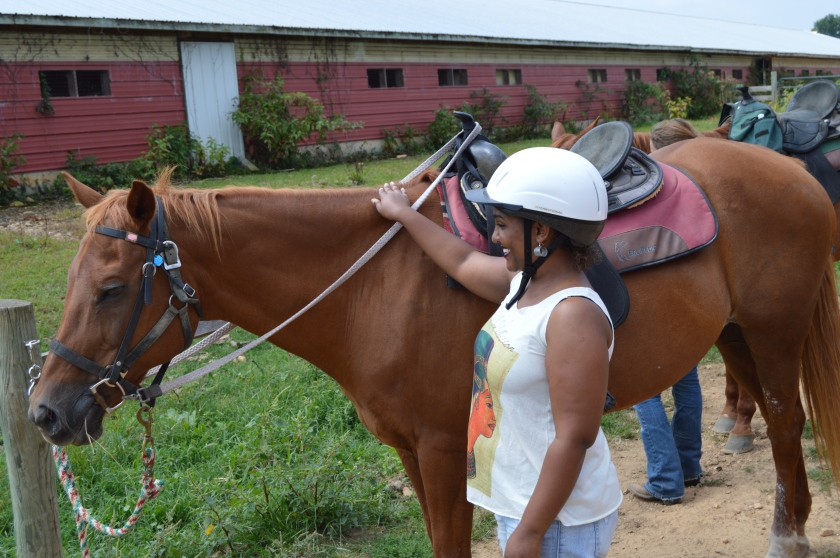 introducing myself to Leah, my horse for the 1.5 hour ride. this was my first time and I was nervous.